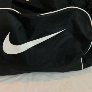 Huge Nike duffel bag black unisex